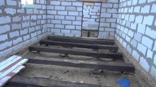 Чем покрасить деревянный пол в гараже. Возможные варианты устройства деревянного пола в гараже