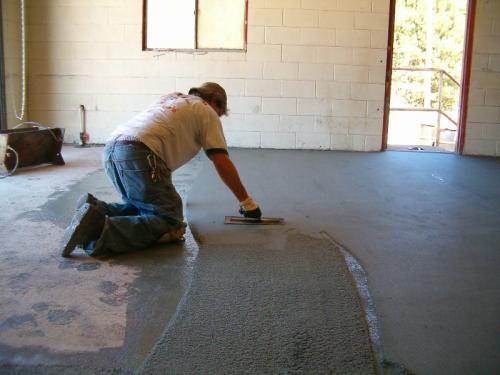 Шпатлевка для наливного пола. Шпаклевка для бетонного пола – нюансы выбора