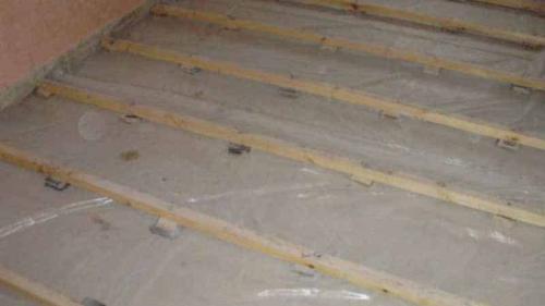 Как уложить плитку на деревянный пол в ванной. Гидроизоляция перед укладкой кафеля