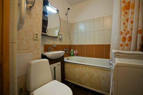 Размер санузла в хрущевке. Размер стандартной ванны в квартире: в хрущевке, в панельном доме