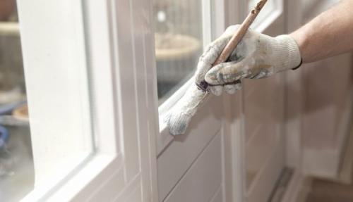 Чем заклеить старые окна на зиму. Особенности и основные требования