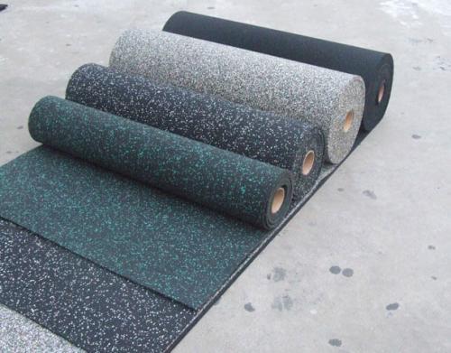 Покрытие из резиновой крошки для гаража. Рулонные напольные покрытия из резины